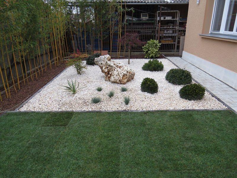 Japán hangulatú kert